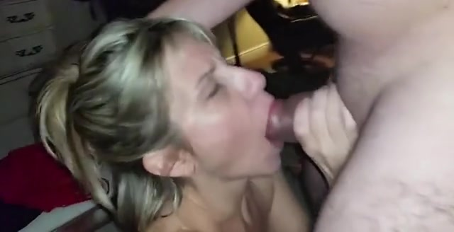 Amateur Cheating Wife Cumshot